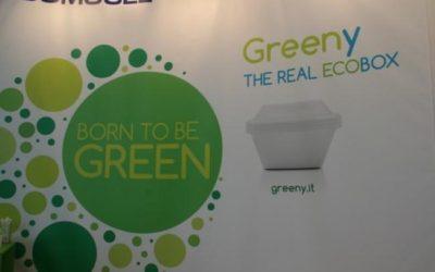 """Sempre più """"verdi"""": dal polistirolo bio-degradabile al divano in pelle fatta con buccia di mele"""